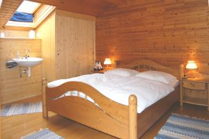 Typically Salzkammergut: comfortable living with much wood
